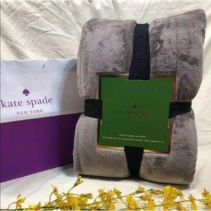 NWOT Kate Spade NY King Fleece Blanket